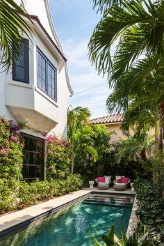 McCann Design Group / Seaspray Palm Beach House / www.mccanndesigngroup.com