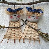 ČARODĚJKY / Zboží prodejce Jalis | Fler.cz Christmas Baskets, Christmas Holidays, Christmas Decorations, Christmas Ornaments, Holiday Decor, Diy Recycle, Recycling, Weaving Designs, Weaving Art