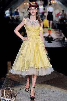 Dsquared2 Spring 2010 Ready-to-Wear Collection Photos - Vogue