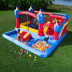 Blast Zone Misty Kingdom Inflatable Bouncer / The Blast Zone Misty Kingdom Inflatable Bouncer is a combination water park and play palace that will keep your kids happily occupied and out of your hair. http://thegadgetflow.com/portfolio/blast-zone-misty-kingdom-inflatable-bouncer/