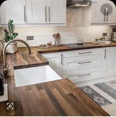 Kitchen Room Design, Home Decor Kitchen, Kitchen Interior, New Kitchen, Home Kitchens, Farmhouse Kitchens, French Kitchen, Kitchen Small, Home Interior