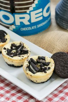These Mini Oreo Cheesecakes are an easy, yummy way to provide everyone with their own personal dessert! Oreo lovers will go nuts for these mini desserts! Mini Muffin Desserts, Muffin Tin Recipes, Individual Desserts, Baking Recipes, Dessert Recipes, Muffin Tins, Egg Recipes, Apple Recipes, Gastronomia