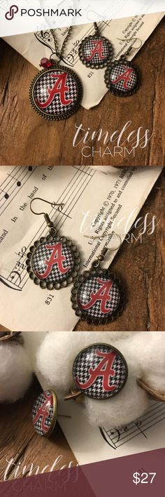 Alabama Roll Tide Football Earring Necklace Set These handmade charming pieces are a perfect gift for mom, a friend, teacher, or coworker- not to forget yourself! It is water resistant but not waterproof, so it is recommended to take off jewelry before showers, pools, and jumping waves at your favorite beach.  DETAILS: •Antique bronze •30in necklace •30mm image secured under glass and on a bronze tray •Dangle OR Stud earring option  Please message me for a custom design at no extra charge…