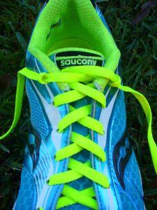 best service a163f 0e262 Aprende a anudar las zapatillas de running correctamente según la forma de  tu pié
