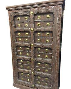 VINTAGE RUSTIC INDIAN FURNITURE : Eclectic Old Vintage Haveli Decor