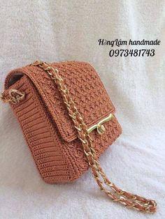 Best Leather Wallets For Women 2019 Crochet Wallet, Crochet Clutch, Crochet Handbags, Crochet Purses, Crotchet Bags, Knitted Bags, Crochet Stitches, Knit Crochet, Best Leather Wallet