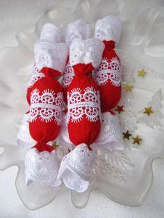 Textil szaloncukor, csipet romantikával III., Dekoráció, Karácsonyi, adventi apróságok, Karácsonyfadísz, Karácsonyi dekoráció, Varrás, Meska