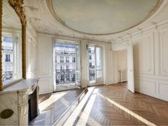 Haussmann Parisian Apartment - my home seven years from now. French Apartment, Dream Apartment, Paris Apartment Interiors, Architecture Design, French Interior, My Dream Home, Interior And Exterior, New Homes, House Design