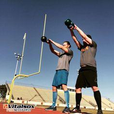 . チームVitalsoxの皆さま先週も各々トレーニングに励んでいました . Team Vitalsox was hard at work last weekend   . 팀 Vitalsox 멤버들이 지난주말 열심히 운동 하였습니다  . photo :  @b_dzl . #バイタルソックス #フィットネス #トレーニング #ジム #ダイエット #ワークアウト #筋トレ #フィットネス #ジョギング #モデル #日常 #다이어트 #스포츠 #운동하는남자 #운동스타그램 #헬스타그램 #몸스타그램 #일상 #arcositaly #arcosjapan #vitalsox #workout #fitness #diet #instadaily #sports #fitfam #healthy #gym #training Basketball Court, Sports, Hs Sports, Sport
