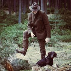 Master and a hound, waiting for their turn showing what they have learned. Natural ability hunting test Bavaria.  #instahunt #conservation #wildlifeconservation #huntingdog #countrylife #landrover #jaktforlivet #huntinglife #hunt #hunting #hunter #jakt #jagt #chasse #defender #wildlife #nordichunter #nature #wachtel #stag #germanlonghairedpointer #deer #deutschlanghaar #countryside #jägare #moose #miasanmia #thegreatwild #frankenundcie #photooftheday…