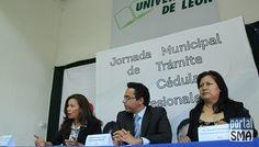 Jornada Mundial de Trámite de Cédulas Profesionales 2014 en San Miguel de Allende http://www.portalsma.mx/sma/index.php/noticias/2071-jornada-mundial-de-tramite-de-cedulas-profesionales-2014 #SanMigueldeAllende #SMA #Egresados