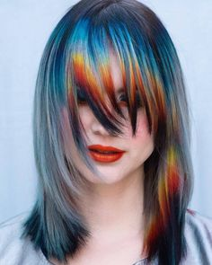 💧Abstract Sunset🔥 This look was inspired by 🔥💧 Something about this is very Ziggy Stardust/Aladdin Sane to me! Vivid Hair Color, Cool Hair Color, Pelo Emo, Pelo Multicolor, Creative Hair Color, Coloured Hair, Funky Hairstyles, Dye My Hair, Grunge Hair