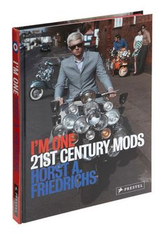 I always loved the whole Mod thing. From 80's music like The Jam to colorblock mini-dresses and bakelite bangles. More scooters and monochrome eyemakeup!