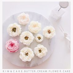 Tips which were manufactured by Kim&Cake's order are mainly used for real flowers classes See you soon in real flowers classes #bakingclass#buttercream#cake#baking#수제케이크#weddingcake#버터크림케이크#꽃#flowers#buttercake#플라워케이크#wedding#버터크림플라워케이크#specialcake#birthdaycake#flower#장미#rose#디저트#케이크#cupcake#dessert#food#beautiful#부케#bouquet#instacake#꽃스타그램#flowercake#peony @yoon2222222