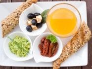 Mantener un vientre plano muchas veces no es solo un tema de régimen y ejercicio, puede relacionarse con problemas digestivos.http://revistasana.org/guia-de-alimentos-para-un-vientre-plano/