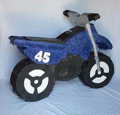 #Dirtbike Piñata Yamaha PW 50