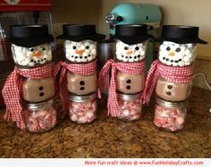 HOT CHOCOLATE SNOWMAN GIFT! These snowmen are made with recycled baby food jars.