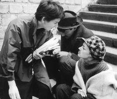 Sur le tournage de Jules et Jim (1961), avec Suzanne Schiffman à gauche et Henri…