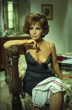 Gina Lollobrigida, Italy, Timeless beauty with boundless sex appeal, another hourglass marvel like her compatriot, Sophia Loren Classic Actresses, Female Actresses, Beautiful Actresses, Actors & Actresses, Gina Lollobrigida, Vintage Hollywood, Hollywood Glamour, Hollywood Actresses, Classic Hollywood