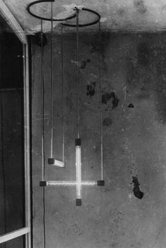 Way ahead of its time. Gerrit Rietveld hanging lamp, 1920.