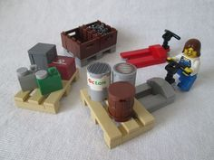 LEGO Ideas - Pallet truck, pallets and accessories