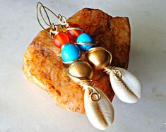 Cowrie Shell Dangle Earrings, Bohemiam Drop Earrings, Ethnic Earrings, African Earrings, Gypsy Earrings, Urban Chic