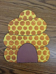 This would be so cute if you were learning about bees or insects. The dots are put on with bubble wrap painted brown and pressed on!