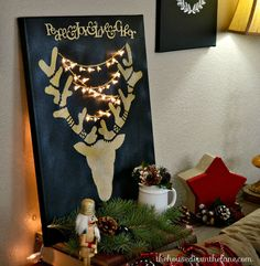 #CreateandShare Holiday Stenciled Reindeer Wall Art with Lights