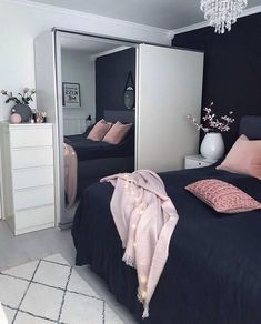 This is a Bedroom Interior Design Ideas. House is a private bedroom and is usually hidden from our guests. However, it is important to her, not only for comfort but also style. Much of our bedroom … Dream Rooms, Dream Bedroom, Home Bedroom, Bedroom Black, Bedroom Wall, Master Bedroom, Teen Bedroom Colors, Bedroom Themes, Black Bedding