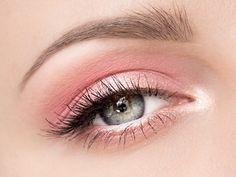 Makeup: MAKEUP WITH POWDERY PINK, STEP BY STEP