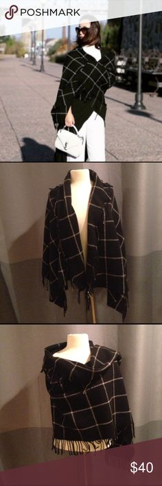 "Club Monaco large windowpane wool blanket scarf Beautiful blanket scarf by CM. Can be worn as a warm wrap of around the neck as a scarf. 80% wool, 20% polyamide. Measures 61"" x 26.5"". Excellent condition. Comes from smoke-free and pet-free home. Club Monaco Accessories Scarves & Wraps"