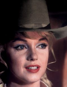 Marilyn photographed by Eve Arnold on the set of The Misfits in 1960.