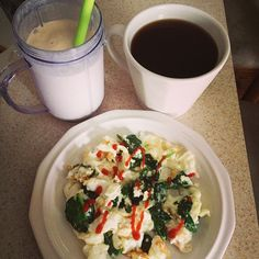 """photo: """"Post workout breakfast: egg whites, spinach, & sriracha with black coffee and a protein shake! Post Workout Breakfast, Healthy Food, Healthy Recipes, Egg Whites, Protein Shakes, Black Coffee, Caprese Salad, Spinach, Eggs"""