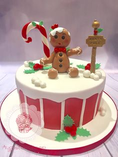 We make a uniquely beautiful wedding and celebration cakes according to your preference. Christmas Themed Cake, Christmas Cake Designs, Christmas Deserts, Christmas Cake Decorations, Christmas Cakes, Holiday Baking, Christmas Baking, Fantasy Cake, Cake Packaging