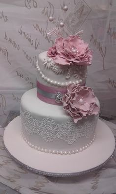 Vintage Elegance - by Gr8 Cakes and Bakes