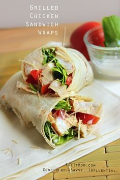Grilled Chicken Sandwich Wraps Recipe - Use any dressings you like, for a fast, healthy, and delicious lunch. Lunch Snacks, Lunch Recipes, Cooking Recipes, Healthy Recipes, Work Lunches, Tofu Recipes, Sandwich Recipes, Sandwich Croque Monsieur, Grilled Chicken Sandwiches