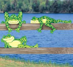Lazy Frogs Rail Pets Pattern These five frogs must be pooped! Makes a cute display atop of fences, shelving or moulding. #diy #woodcraftpatterns