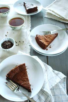 flOurless chOcOlate tart