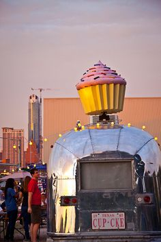 All vintage Airstreams should come standard with a giant twirling cupcake, yes?