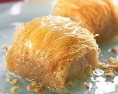 Amateur Cook Professional Eater - Greek recipes cooked again and again: Greek kataifi rolls Greek Sweets, Greek Desserts, Greek Recipes, Easy Desserts, Pavlova, Greek Pastries, Cheesecakes, Middle Eastern Desserts, Greek Cooking