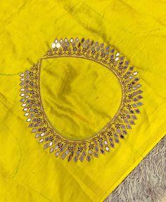 Mirror Blouse Design, Hand Work Blouse Design, Simple Blouse Designs, Silk Saree Blouse Designs, Sewing Stitches, Embroidery Stitches, Machine Embroidery, Embroidery Designs, Maggam Work Designs