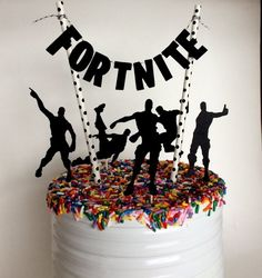 Cake Topper, Fortnite Birthday Party Decorations, Pennant Cake Topper, Video Game Topper, G - Kinder / - Geburtstag - 9th Birthday Parties, Birthday Party Decorations, Cake Decorations, 7th Birthday Party For Boys, Birthday Ideas, Video Game Cakes, Video Games, Party Cakes, Birthdays