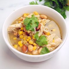 Weight Watchers Recipes Discover Zero Point White Chicken Chili This amazing soup is ZERO WW Freestyle points and super easy to make with the addition of store bought salsa verde. Weight Watchers Meal Plans, Weight Watchers Diet, Weight Watcher Dinners, Weight Watchers Chicken, Weight Watchers Lunches, Ww Recipes, Soup Recipes, Chicken Recipes, Cooking Recipes