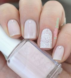 This lace inspired manicure is perfect for the bride!