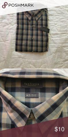 Men's dress shirt VanHeusen dress shirt size 15-151/2. Brand new vanheusen Shirts Dress Shirts