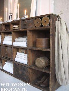 Industrial Design Furniture, Vintage Industrial Furniture, Primitive Furniture, Rustic Furniture, Country Decor, Farmhouse Decor, Primitive Bathrooms, Primitive Kitchen, Country Style Homes