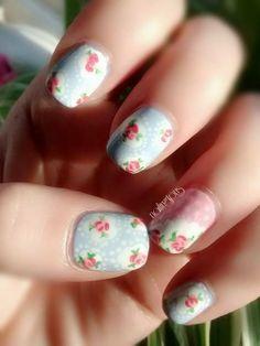 Design credit to http://onenailtorulethemall.blogspot.co.uk/ #nails #nailart #nailpolish #nailvarnish #nailingtons http://www.nailingtons.com/