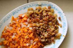 Vermicelles au poulet, une recette 100% sénégalaise! Chicken Vermicelli, Vermicelli Recipes, Chicken Rice Casserole, Grains, Food And Drink, Vegetables, Mets, Sport, Decor