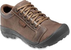 Our men's KEEN Austin are casual leather lace-up shoes made for urban exploration, with durable arch support. Keen Shoes, Me Too Shoes, Lace Up Shoes, Men's Shoes, Leather Men, Leather Shoes, Austin Shoes, Waterproof Shoes, How To Make Shoes