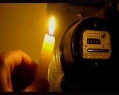 В день рождения Мурманска почти 4 тысячи горожан остались без света http://www.hibiny.com/news/archive/117101  Почти два часа 3800 мурманчан, жителей Ленинского района, просидели без света. В 11.07 4 октября вышел из строя трансформатор подстанции ПС-302 на улице Свердлова. Второй трансформатор, который мог бы быстро вернуть электричество в дома, был на